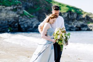 Hochzeit-München_Kitty_Fried_Couple_Elopement_Sea_Inspiration_England_JAN(4)