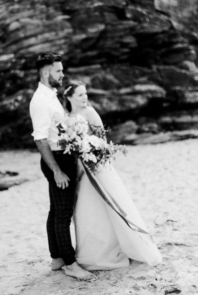 (10)_Elopement_Cornwall_heiraten_Ausland_blaues_brautkleid_blue_wedding_dress_individual_intimate_hochzeit