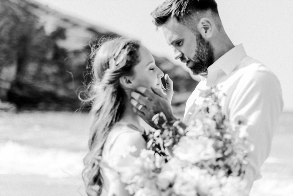 (26)_Elopement_Cornwall_heiraten_Ausland_blaues_brautkleid_blue_wedding_dress_individual_intimate_hochzeit