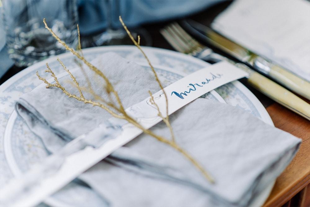 (6)_Elopement_Cornwall_heiraten_Ausland_blaues_brautkleid_blue_wedding_dress_individual_intimate_hochzeit