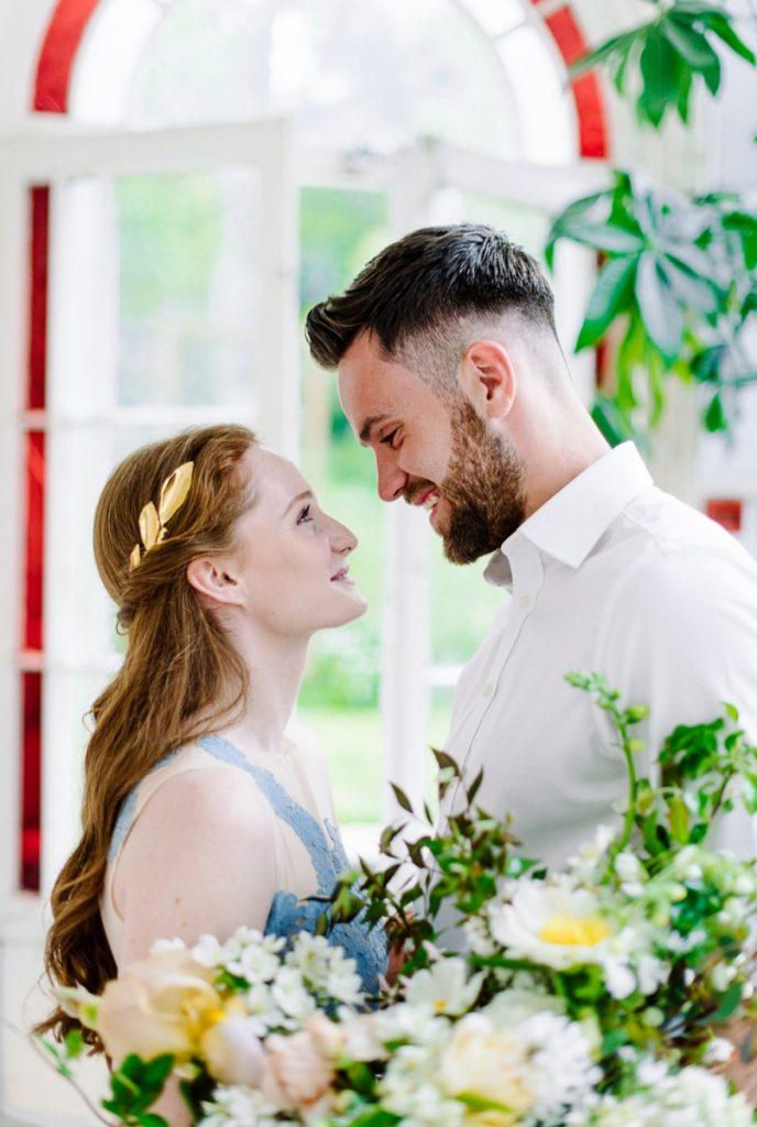 (9)_Elopement_Cornwall_heiraten_Ausland_blaues_brautkleid_blue_wedding_dress_individual_intimate_hochzeit