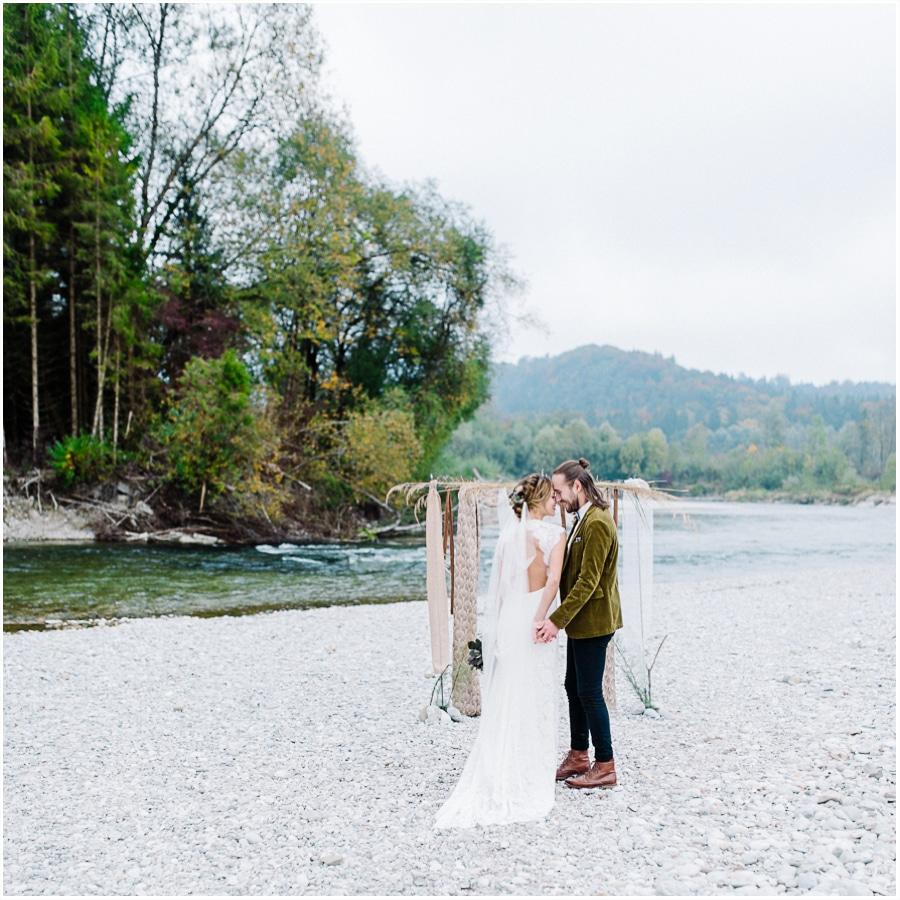 Bayern-Hochzeit-Hochzeitsfotograf-Kitty-Fried-Photography-Individuelle-Bohohochzeit-Elopement-5